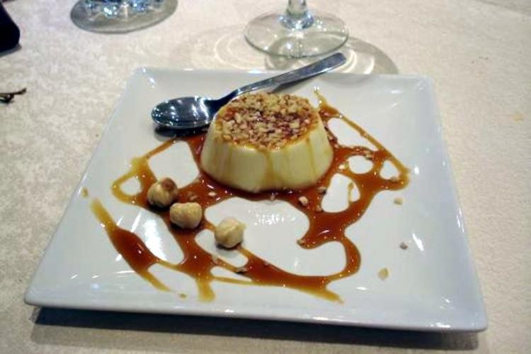 Cream caramel with piedmont hazelnut I.G.P..